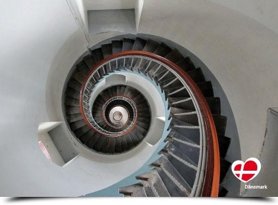 "Postkarte ""Treppe im Leuchtturm in Nr. Lyngvig"""