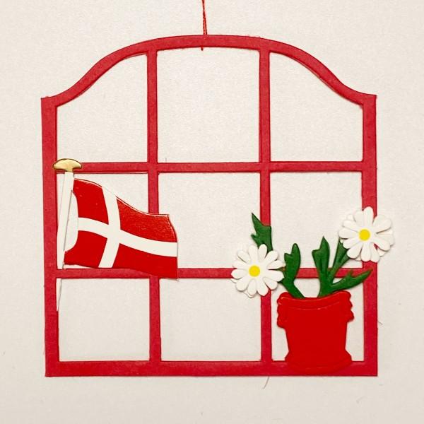 Fensterbild Blume mit Dannebrog rot