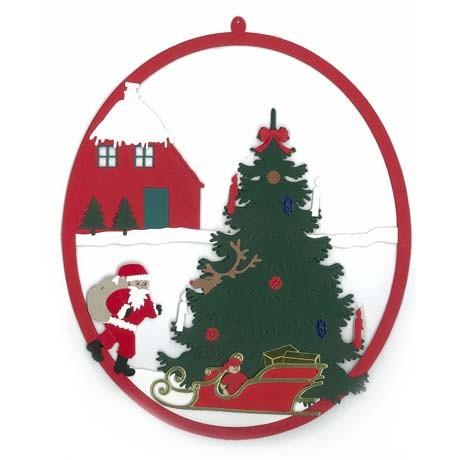 Weihnachtsbaum mit Weihnachtsmann und Schlitten